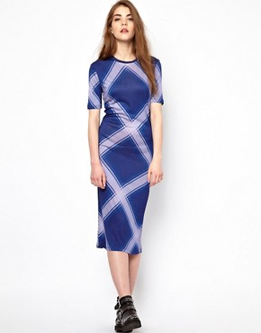 Image 4 ofHouse of Holland Short Sleeve Midi Dress in Oversized Check