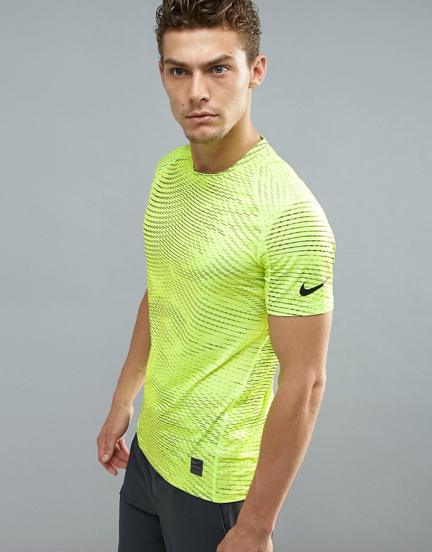 Nike Training Pro Print T-Shirt In Volt 838000-038 - Yellow