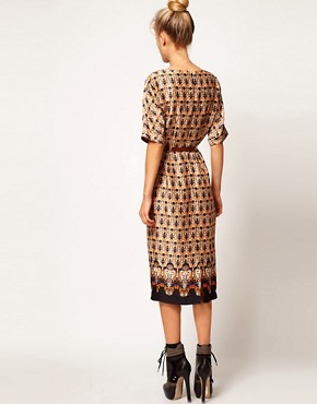 Image 2 ofASOS Wiggle Dress In Vintage Wallpaper Print