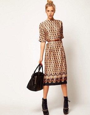 Image 4 ofASOS Wiggle Dress In Vintage Wallpaper Print