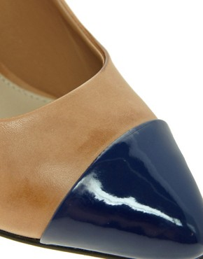 Image 3 ofCarvela Janet Leather Court Shoe With Toe Cap