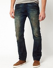 Diesel - Darron 0075L - Jeans slim con lavaggio Laundry Wash