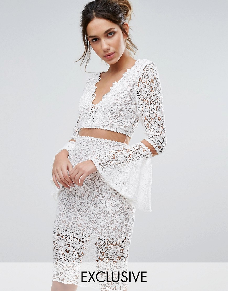 Love Triangle Lace Midi Dress With Flared Sleeves - Cream