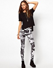 Your Eyes Lie Digital Marble Print Leggings