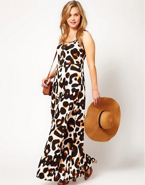 Image 4 ofASOS CURVE Maxi Dress In Animal Print