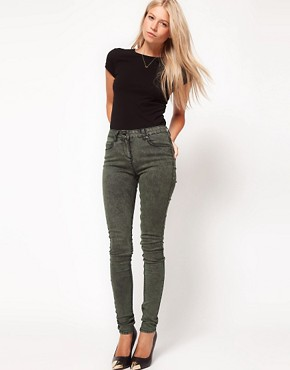 Image 4 ofASOS Skinny Jeans in Khaki Snow Wash