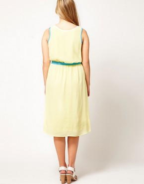 Image 2 ofASOS CURVE Midi Dress With Contrast Piping