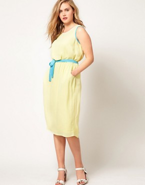 Image 4 ofASOS CURVE Midi Dress With Contrast Piping