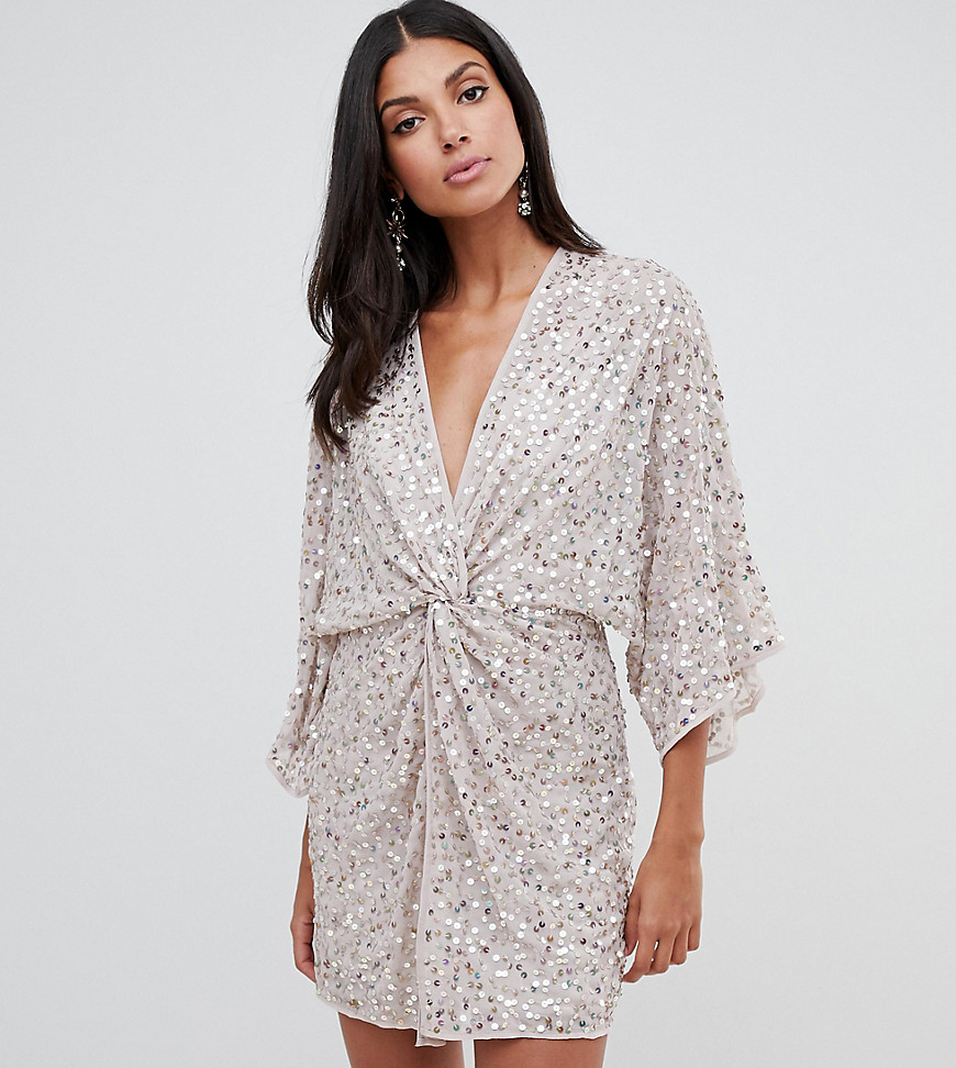 Фото - ASOS DESIGN Tall scatter sequin knot front kimono mini dress от ASOS Tall цвет pink