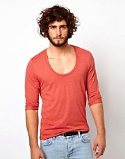 ASOS - T-shirt con scollo a U e maniche a 3/4 con risvolto