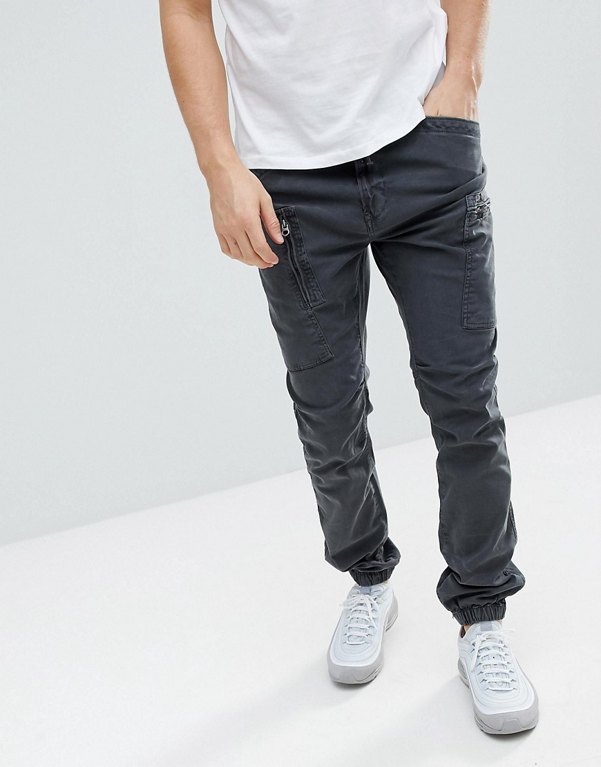 Superdry Cargo Trouser With Cuffed Hem In Black Carbon black