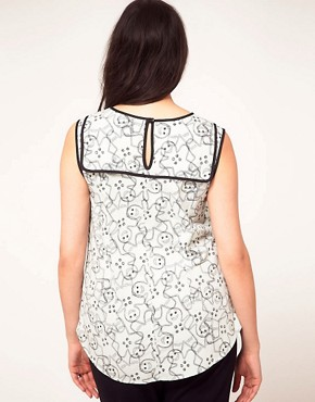 Image 2 ofASOS CURVE Exclusive Top In Gingerbread Print
