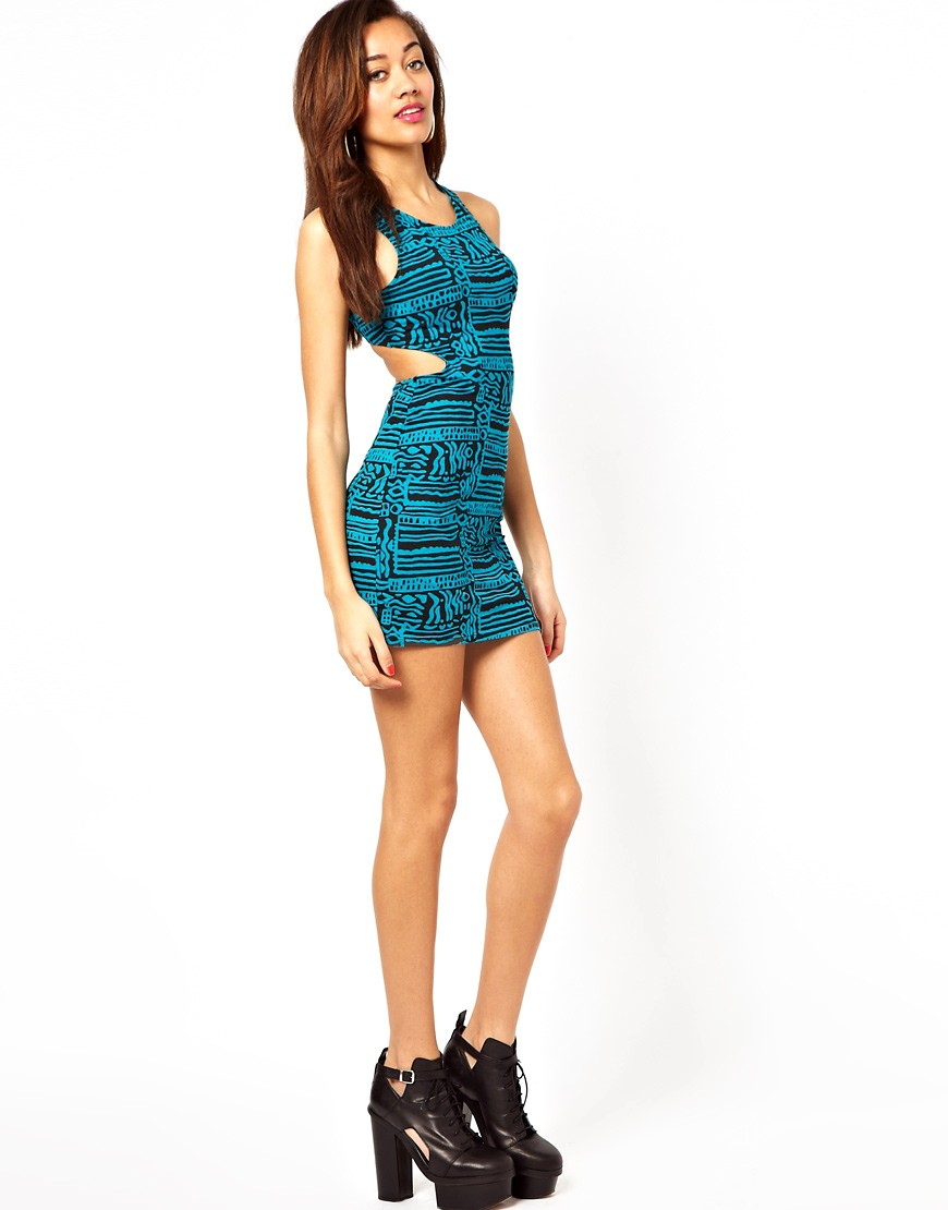 Image 4 of Motel Mini Dress In 90s Squiggle Print With Cut Out