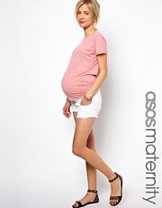 Esclusiva ASOS Maternity - Pantaloncini di jeans tagliati di colore bianco