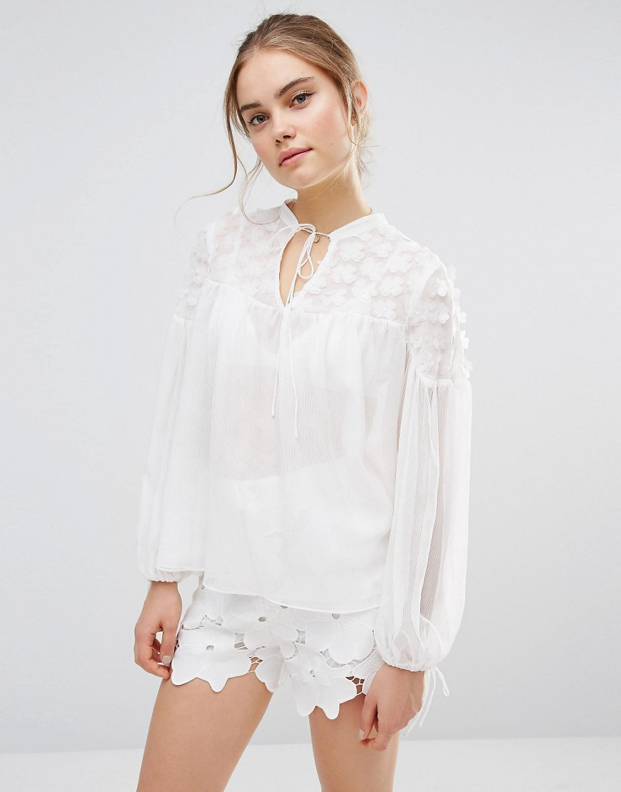 endless-rose-sheer-flower-applique-blouse-white