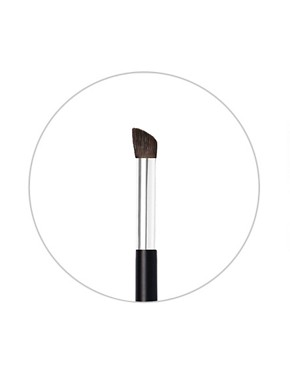 Image 2 ofNARS Brush N16: Wide Contour Brush