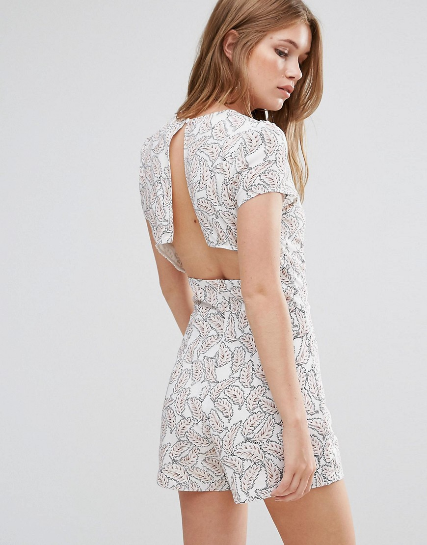 Goldie Reily V Neck Playsuit With Open Back Detail In Feather Print - Print