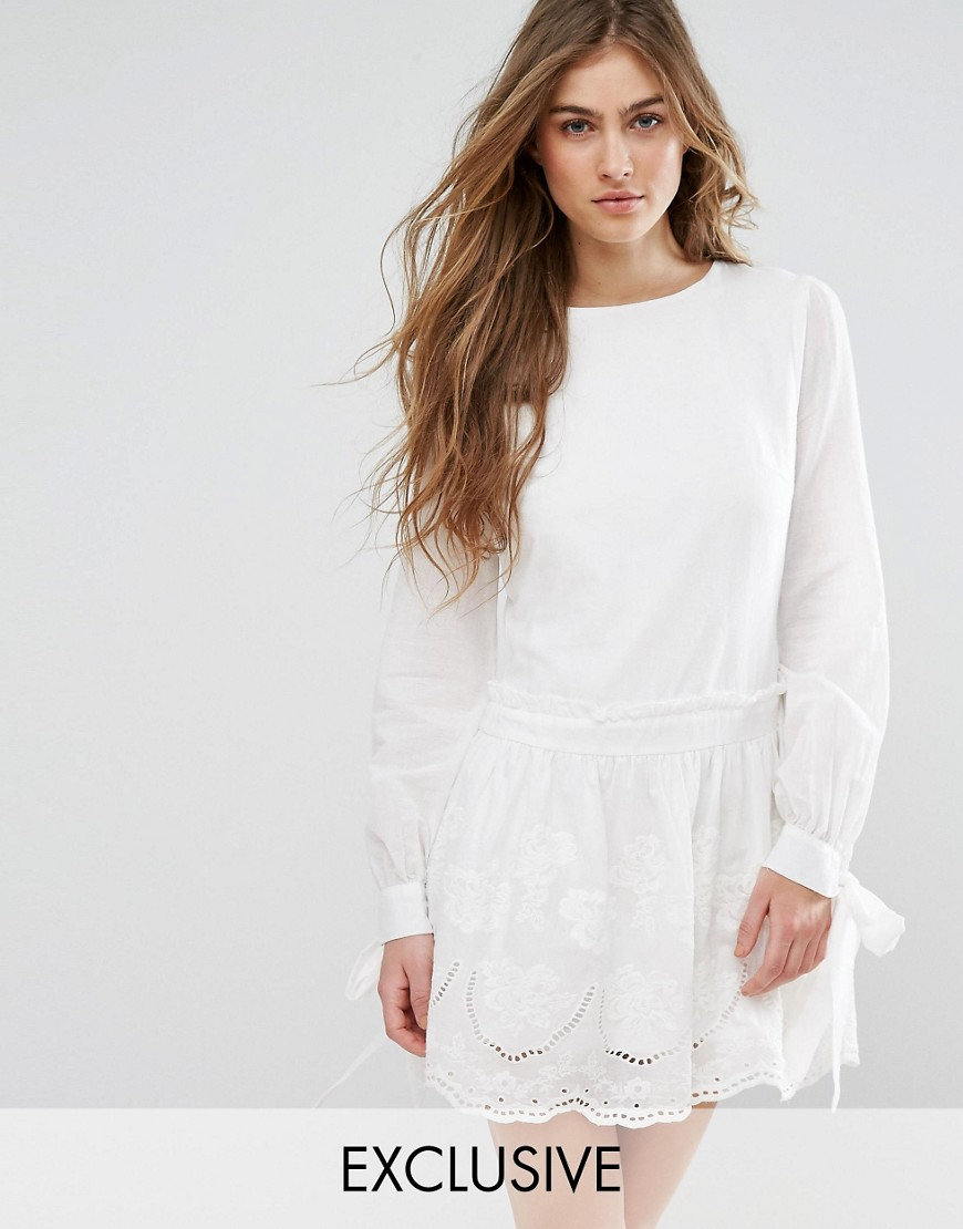 Missguided Broderie Tie Sleeve Smock Dress - White
