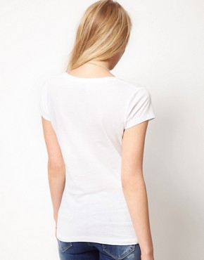 Image 2 ofASOS New Classic T-Shirt