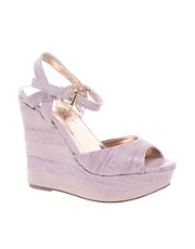 Timeless wedges