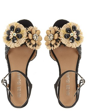 Image 4 ofRiver Island Raffia Flatform Sandals