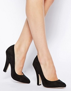 ASOS PREDICT Pointed High Heels.