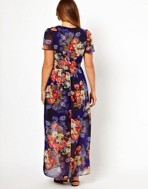Image 2 ofASOS CURVE Maxi Dress In Vintage Floral Print