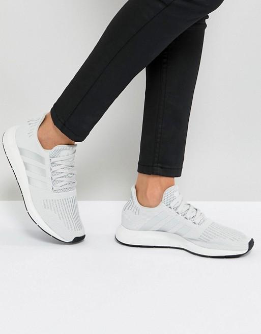 adidas Originals - Swift Run - Baskets - Gris pâle