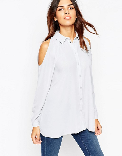 Women's ASOS Tops Offering over 50, branded and own label product lines, spread across womenswear, menswear, footwear, accessories, jewelry and beauty, Asos is an online-only shopping dream for the fashion-forward fashionista who likes her fashion fixes fast and frequent.
