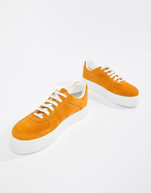ASOS DESIGN   ASOS DESIGN Wildleder-Sneaker – Diaries – Wildleder-Sneaker DESIGN a1c577
