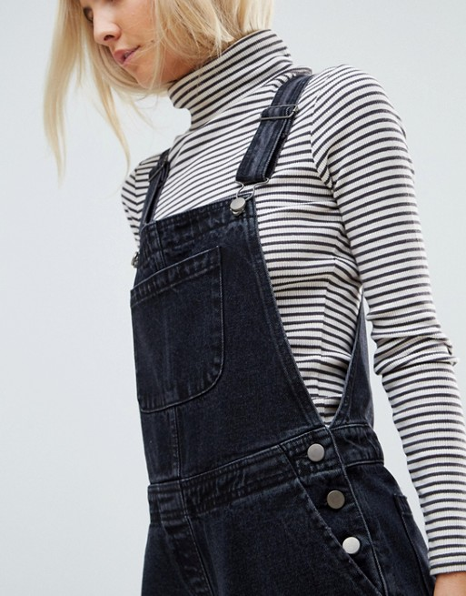 ASOS Petite - Salopette en jean - Noir délavé