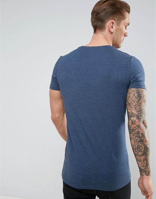 T-shirt moulant coupe longue