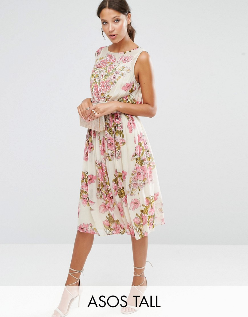 ASOS (360peqilubufebor.cf) is your online fashion headquarters. The retailer sells on-trend styles for women and men and ships orders to Australia and around the world.
