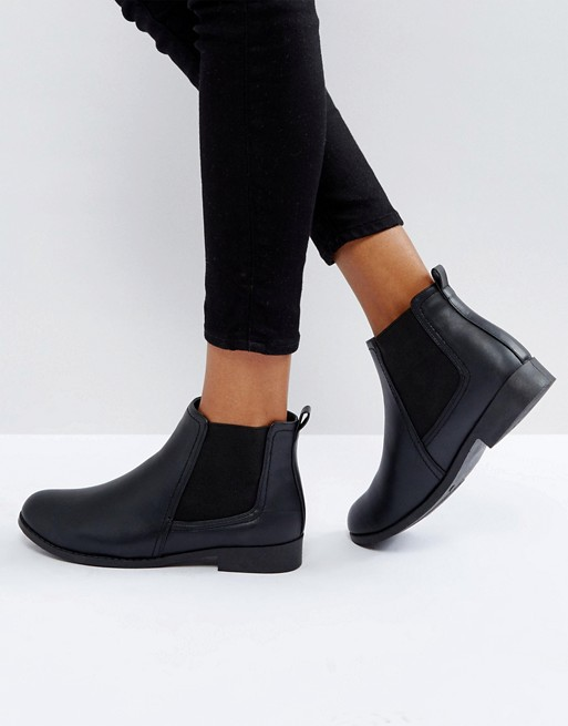 On Sale choose new style Boohoo Flat Chelsea Boots Outlet Online
