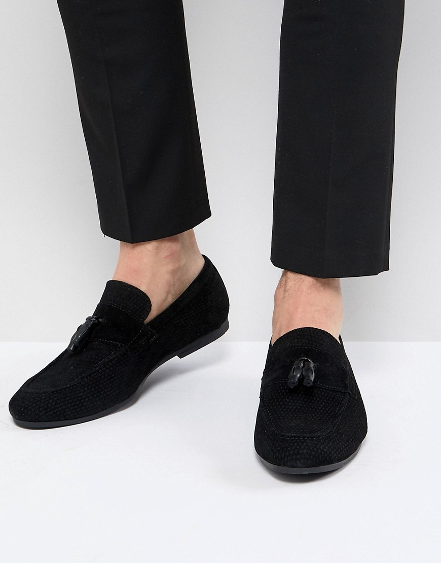 Tassel Loafer In Black - Black Burton Menswear