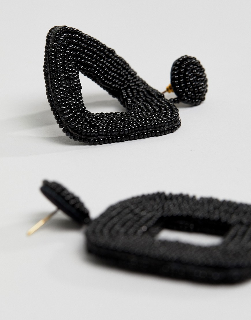 Mango Beaded Square Shape Drop Earring In Black by Mango