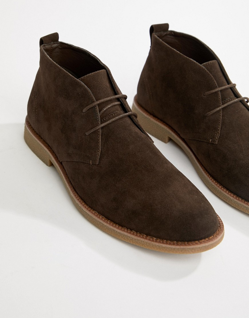 New Look Faux Suede Desert Shoe In Brown by New Look