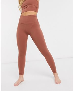 나이키 요가 레깅스 Nike Yoga Luxe cropped leggings in red,Red