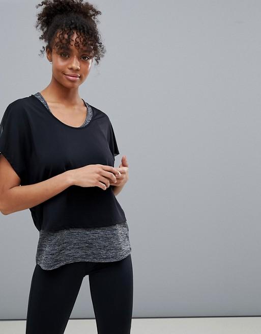Oysho - Oysho - T-shirt de sport uni avec superposition en maille - Noir