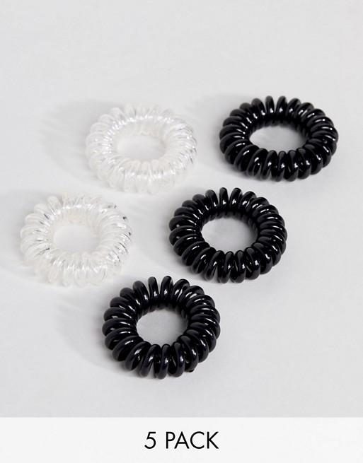 Pack de 5 espirales de goma para el cabello pequeñas en negro y transparente de ASOS