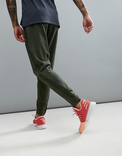Pantalones caqui Basketball Harden CE7310 de adidas