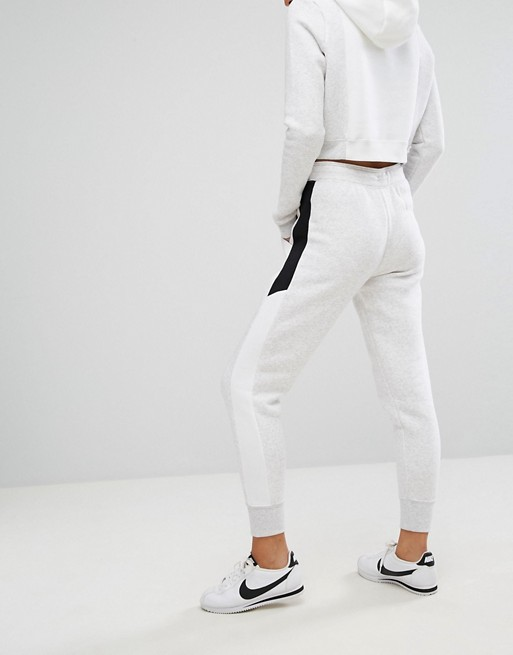 Pantalones de chándal de corte estándar con logo muy brillante Air de Nike