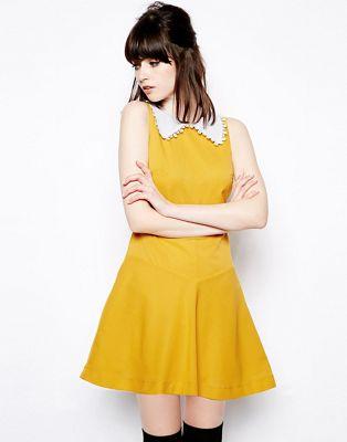 Image 1 sur Pop Boutique - Robe coupe trapèze avec col en dentelle