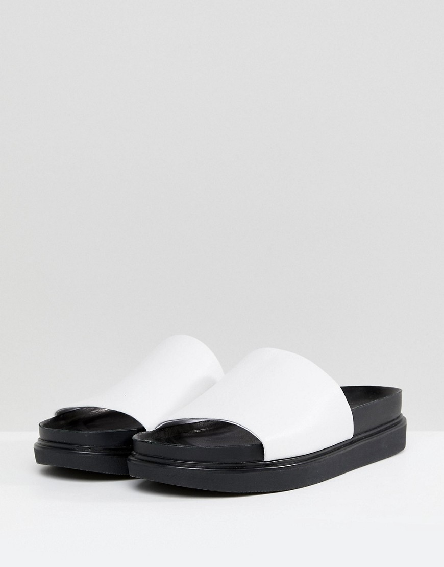 Vagabond Erin Leather Slider Sandals