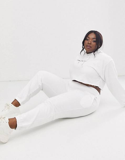 PrettyLittleThing Plus cropped hoodie & joggers with embroidered logo in white