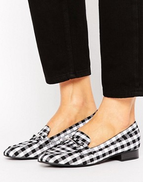 New Look Gingham Check Loafer - Black pattern