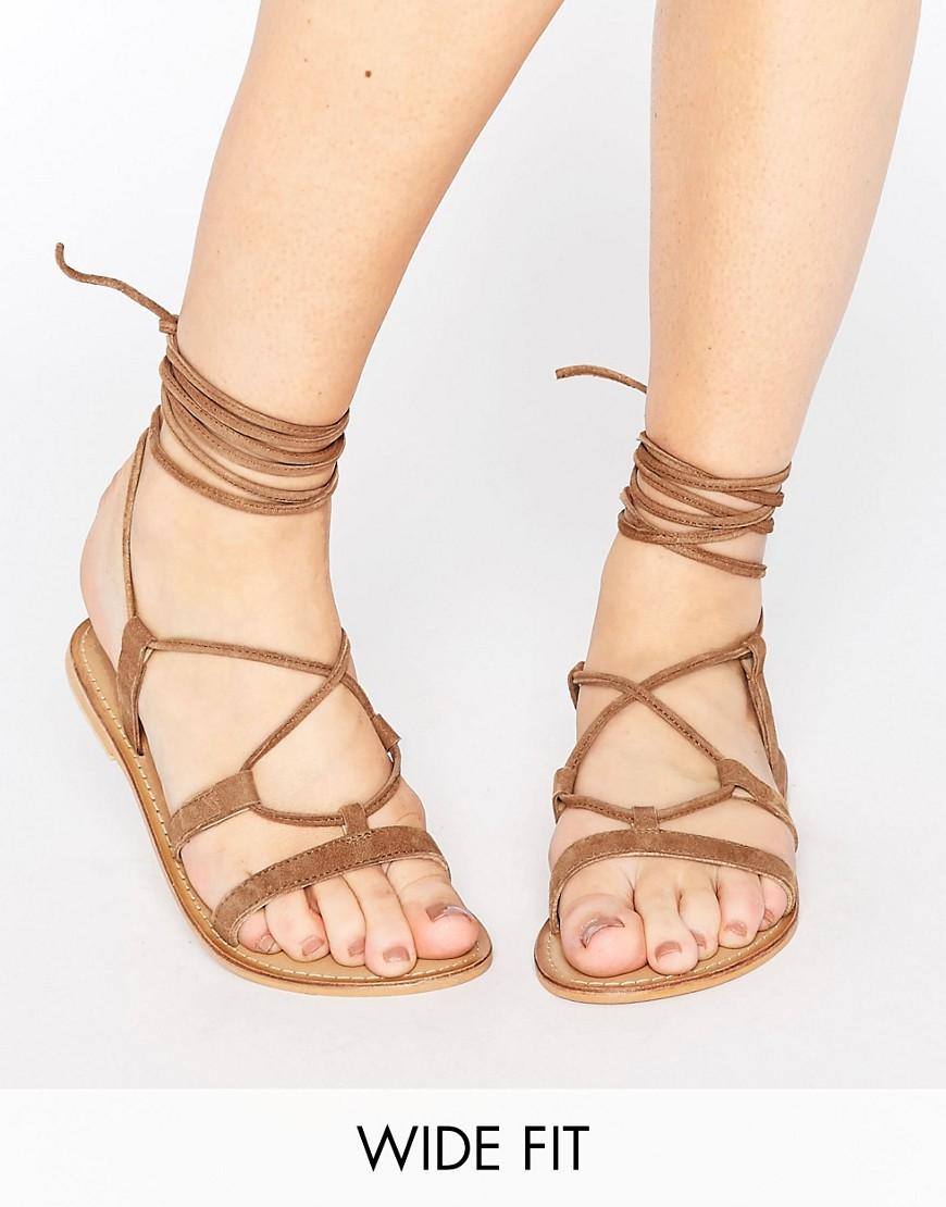 Sandalo Beige donna ASOS - FOUNDATION - Sandali stringati in pelle a pianta larga - Beige