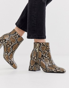 Stradivarius zip side heeled boot in snake