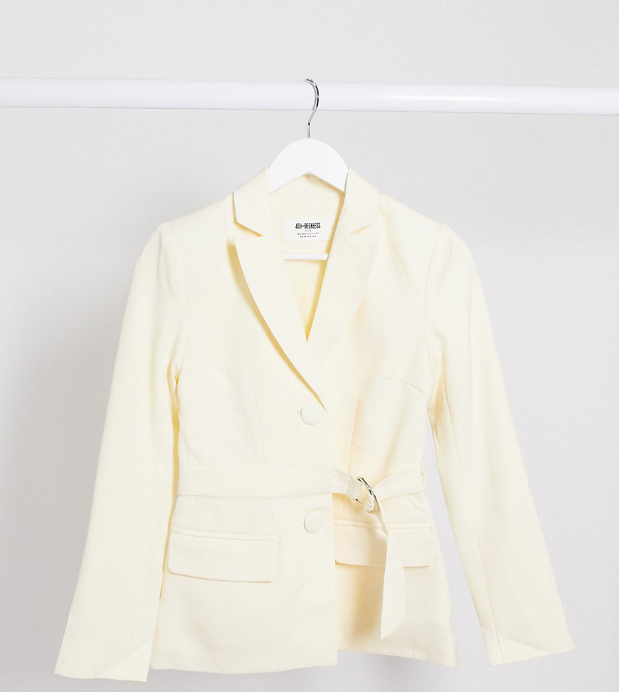 4th + Reckless Petite exclusive - Flødefarvet blazer med bælte-Creme