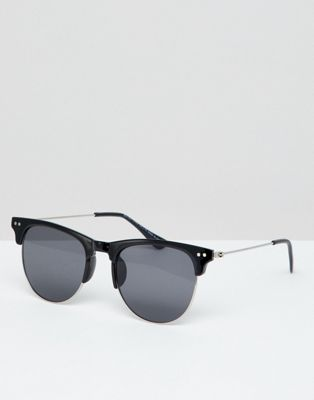 7x Retro Sunglasses In Black